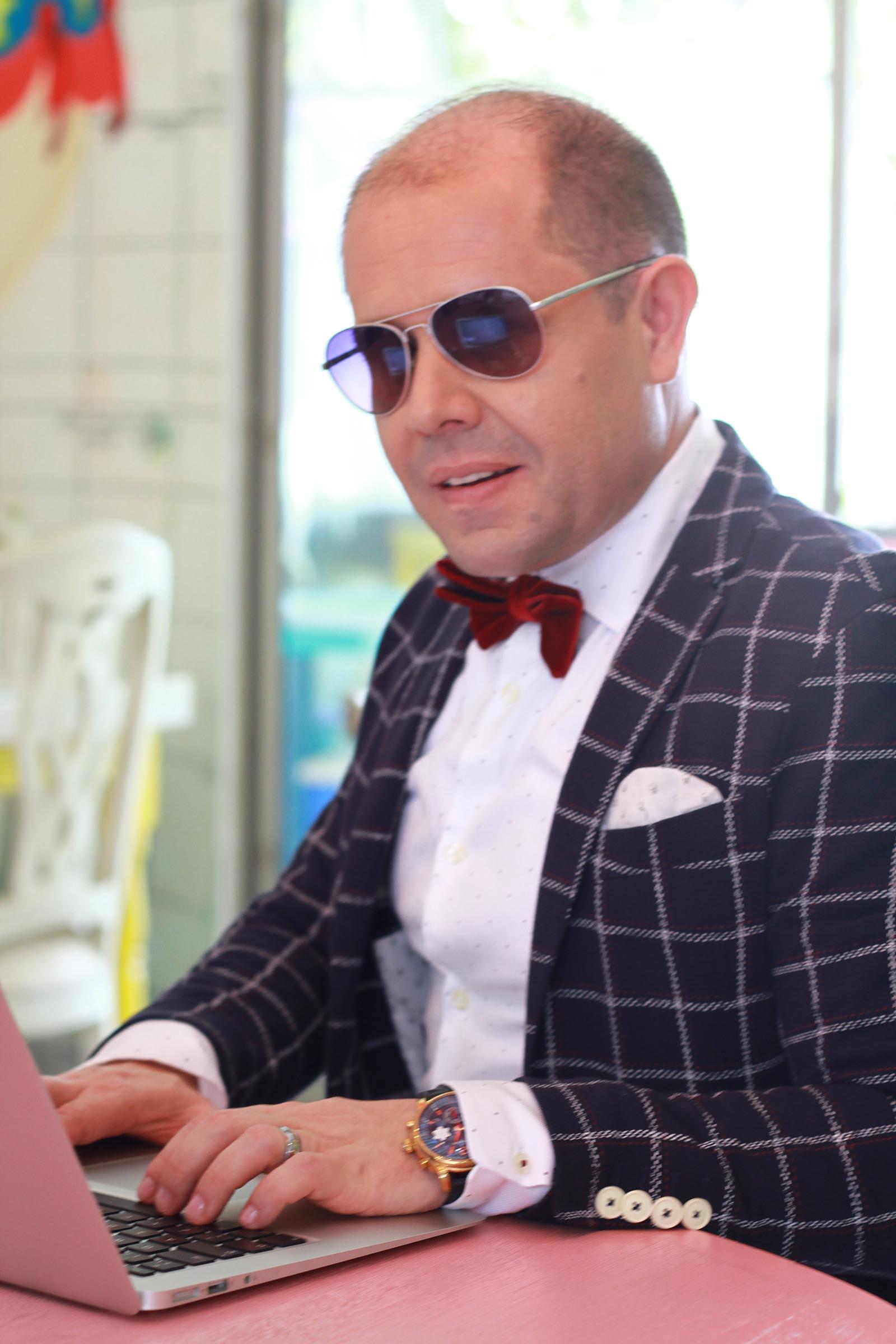 Hector Jimenez - 39 - Nos conocemos - Suscripción Blog